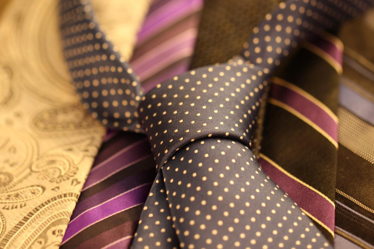 Miluje váš drahý módu? Pořiďte mu kravatu.