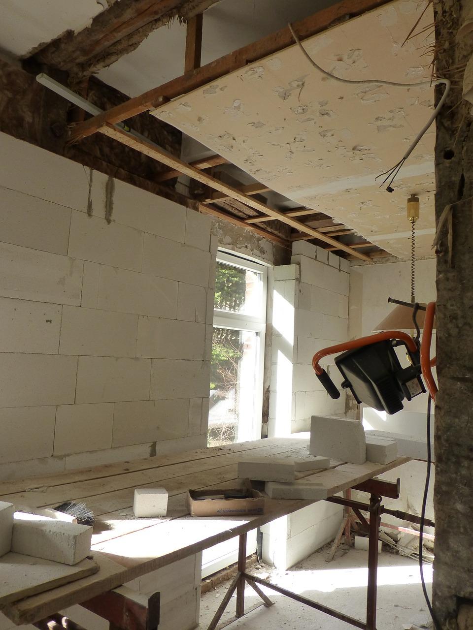 Je potřeba rekonstrukce úplná nebo částečná?